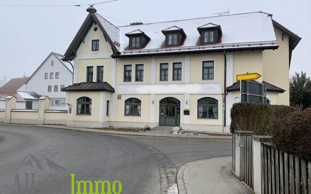 Charmantes, kernsaniertes Hotel mit Restaurant, Nebengebäude und großem Grundstück