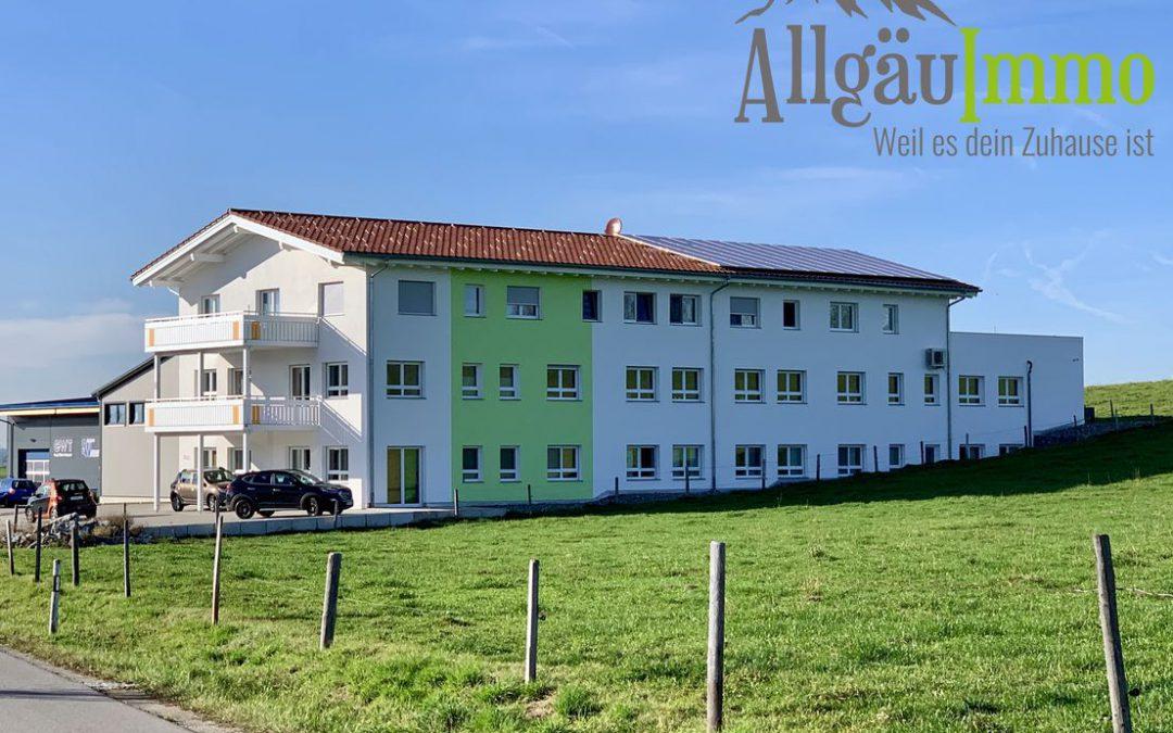 Ideal für Kapitalanleger! Großes Ärztehaus mit 3 Eigentumswohnungen in Haldenwang im Allgäu!