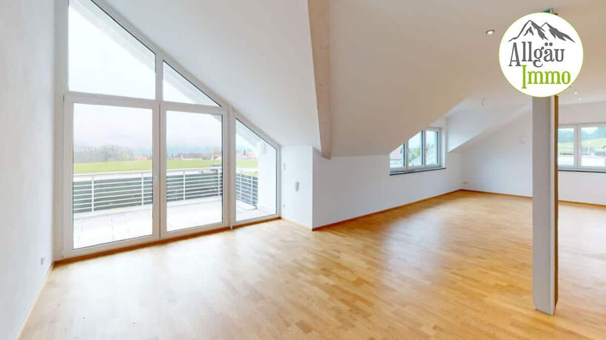 Fantastische, barrierefreie und helle 3 Zimmer Dachgeschoßwohnung mit unglaublichem Bergblick