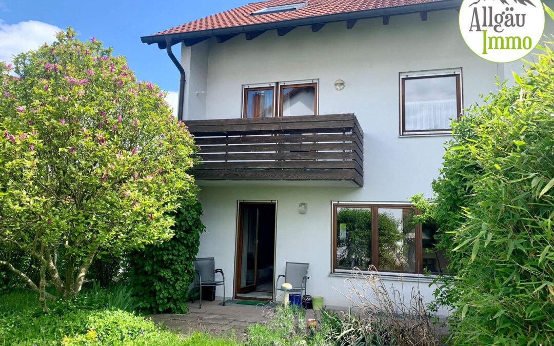 Schöne Doppelhaushälfte mit herrlichem kleinen Garten in Steinheim